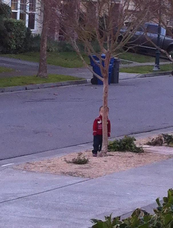 hide-and-seek-funny-kids-14