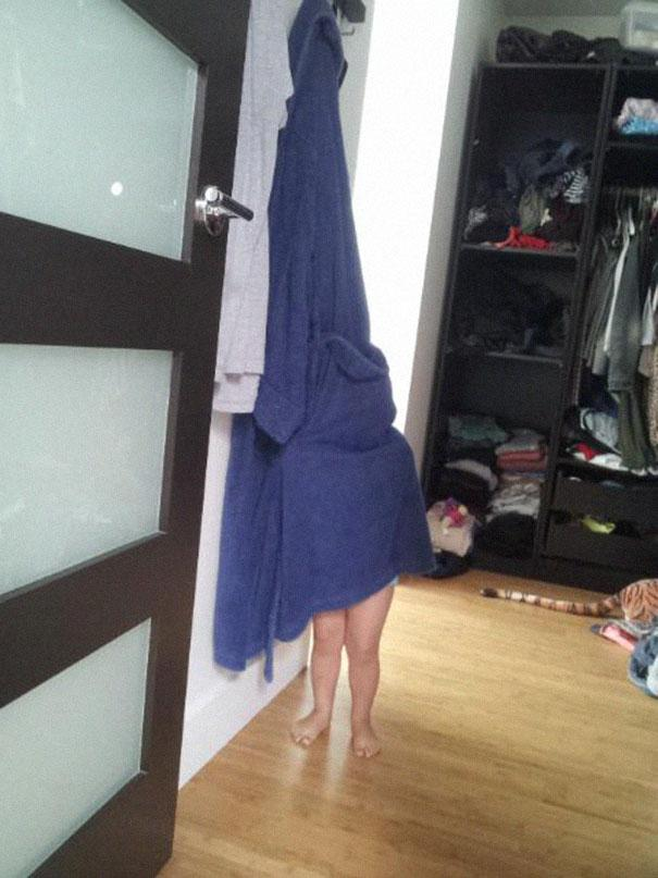 hide-and-seek-funny-kids-16