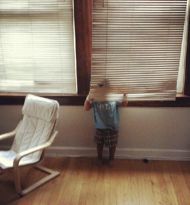 hide-and-seek-funny-kids-21