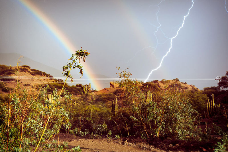 lightning-rainbow-perfect-timing