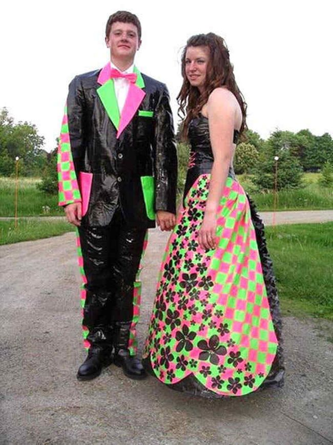 Proms-Funny-Embarrassing-Dress-22