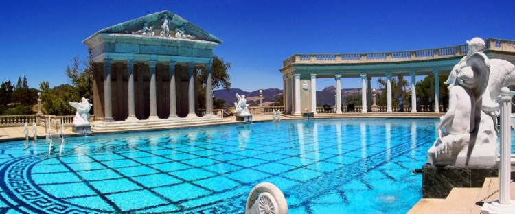 Amazing-Swimming-Pool-Spots-In-The-World-13