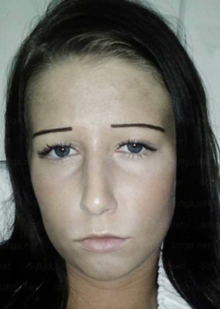 Funny-Eyebrow-Fails-21