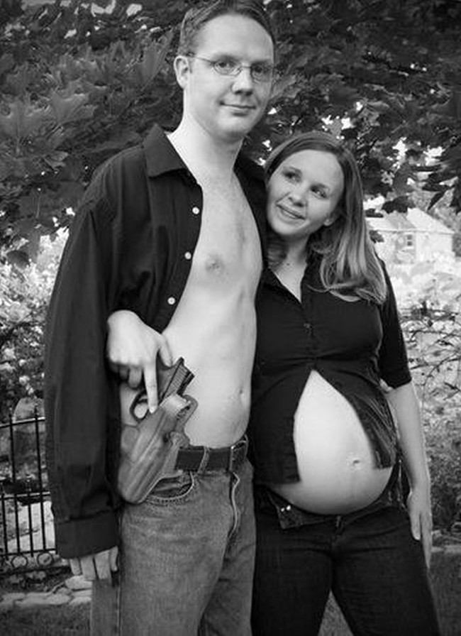 Funny-Pregnancy-Announcement-06