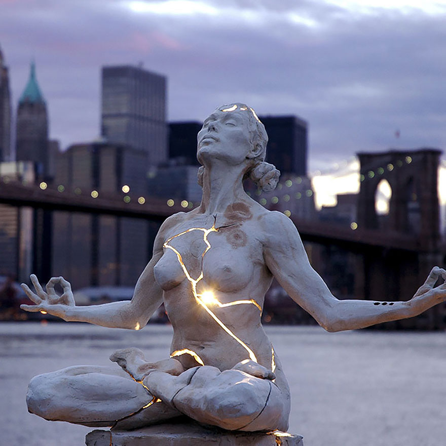 Most-Beautiful-Statues-In-The-World-02