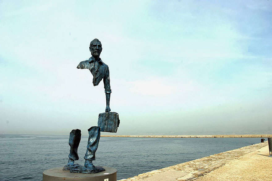 Most-Beautiful-Statues-In-The-World-10