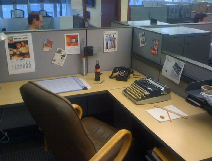 Funny-Coworkers-Colleague-15