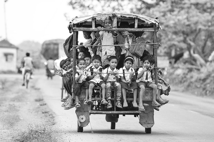 Children-Most-Dangerous-Roads-To-School-09