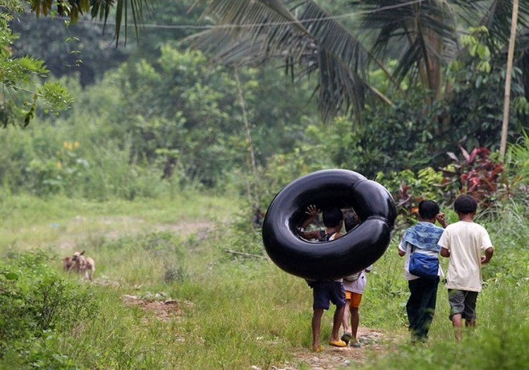 Children-Most-Dangerous-Roads-To-School-18-1
