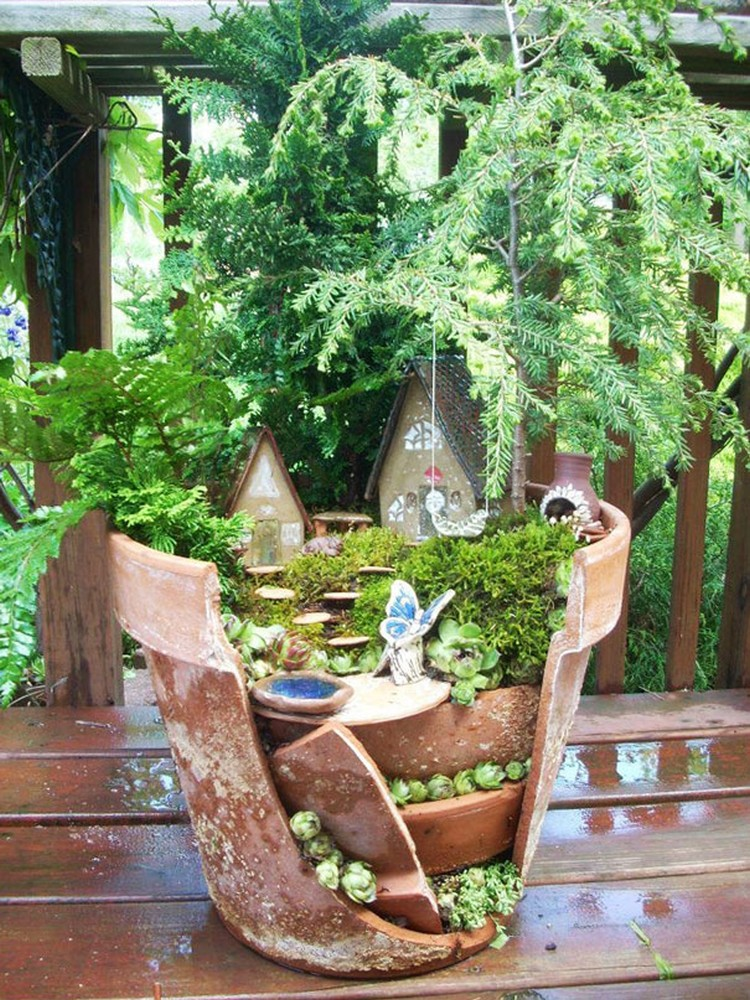 Turn-Broken-Pots-Into-Beautiful-Garden-DIY-06